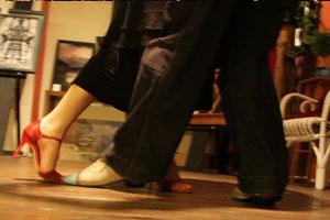 ampola dancing landhotel